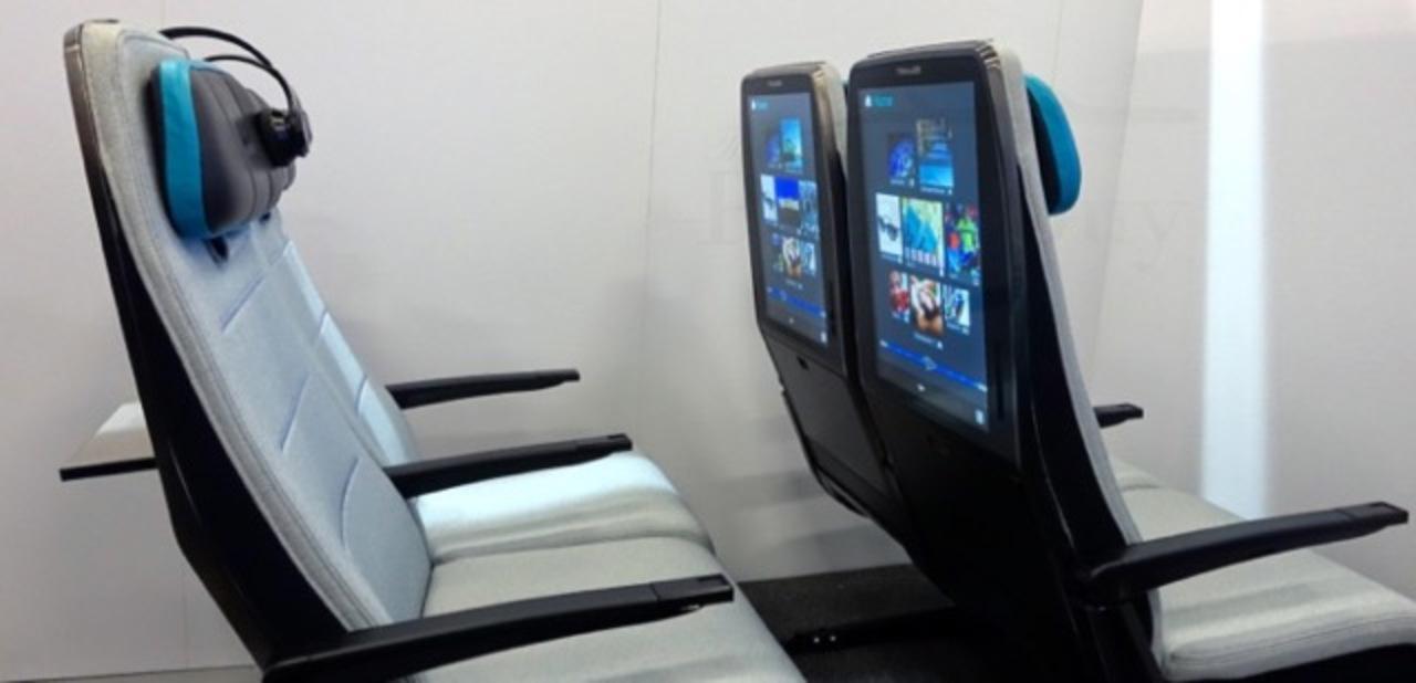 JALさん、ANAさん、見てますか? タブレット埋め込み式の座席が発表されてますよ