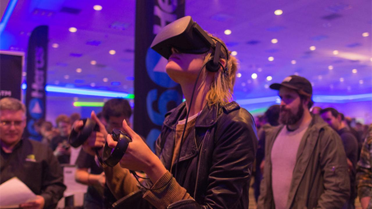 VRユーザーよ、時と場所を選べ!