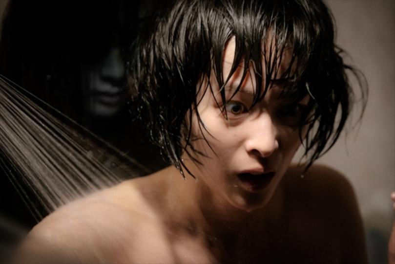 Jホラーの巨匠・清水崇監督が手がける4DX限定の映画「雨女」特報