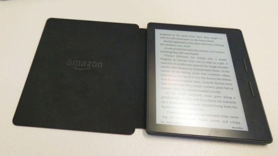 Kindle Oasis、変な形だけど満足度高し