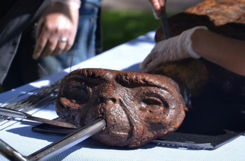 「E.T.」が発見されるもののバーベキューに!?