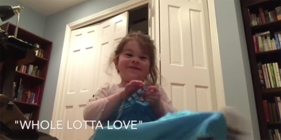 3歳の少女がレッド・ツェッペリンの曲当てクイズに答えるよ!