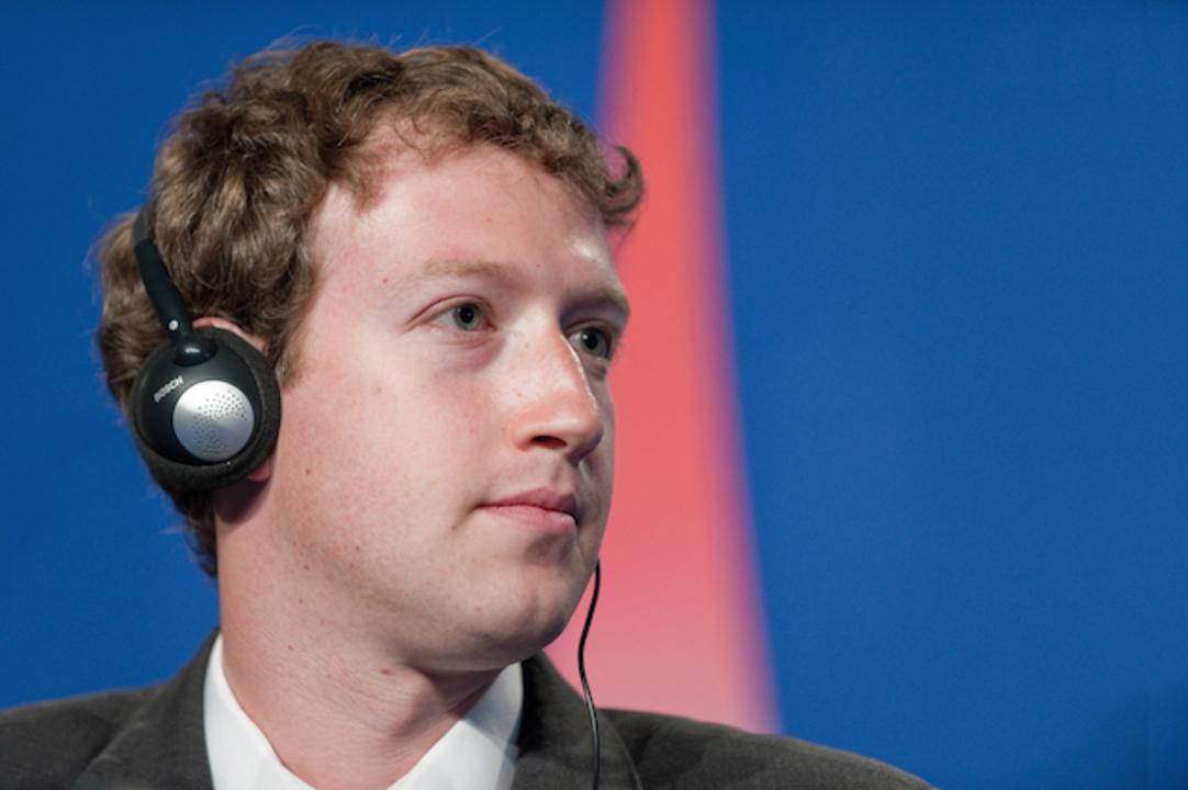 フェイスブックはドナルド・トランプ潰そうと思えば潰せる。法的には無問題