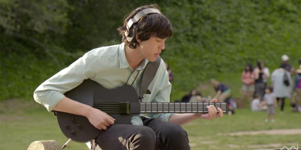 弦のかわりにボタンを配したギター「MI Guitar」が思った以上にギターしています