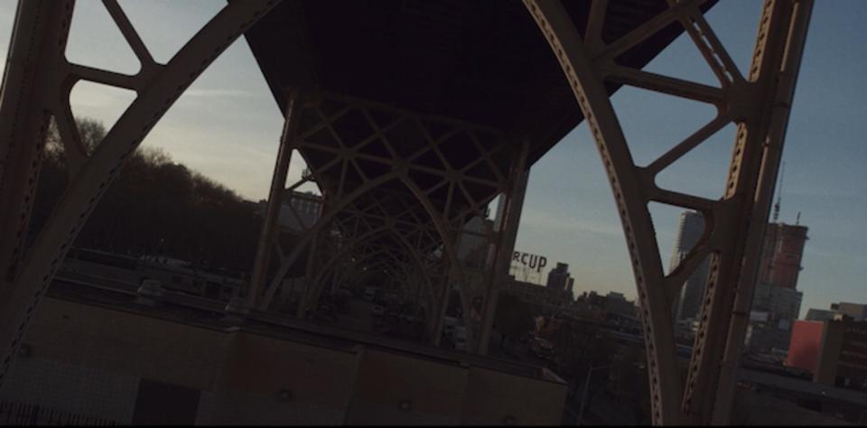 ドローン撮影で「ドリー・ズーム」改めて考えるとものすごいことかもしれない...