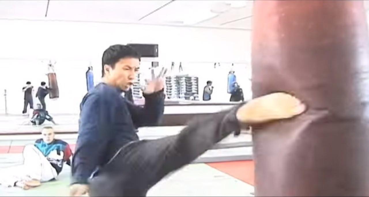 「イップ・マン」そのものなドニー・イェンのトレーニング動画