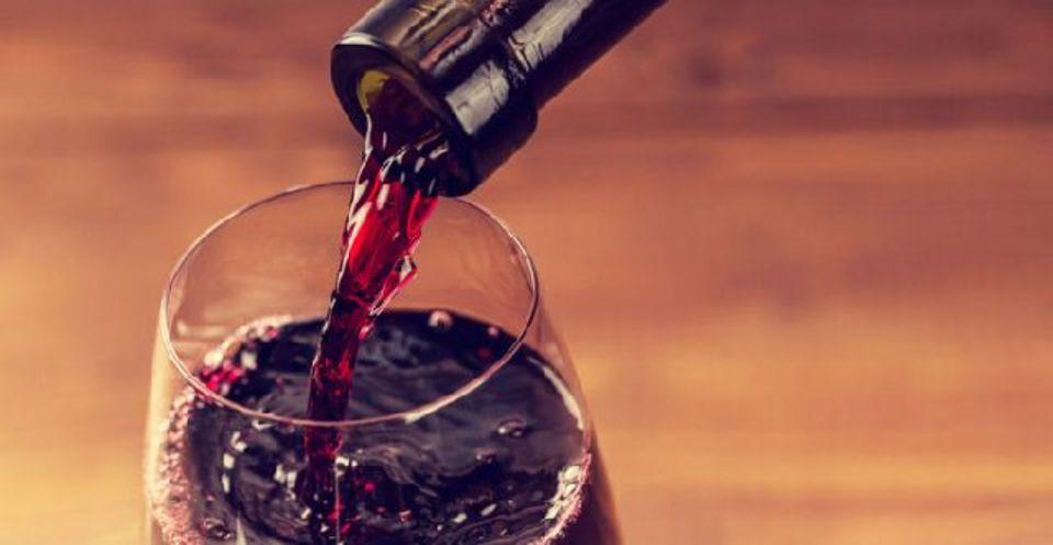 温暖化の影響で美味しいワインが飲めなくなるかも?