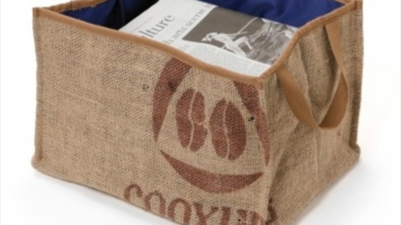 コーヒー豆を運んで捨てられる「麻袋」のうまい使い道
