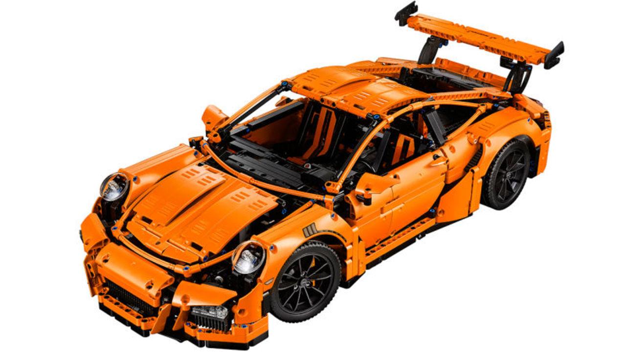 2000万円のポルシェ911GT3 RSは買えないけど、3万円台のレゴなら買える(追記あり)