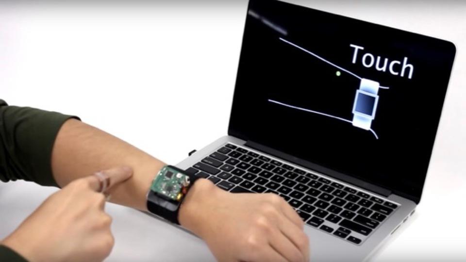 スマートウォッチに革命を起こすか? 自分の腕をインターフェースにして操作できるトラッキング技術