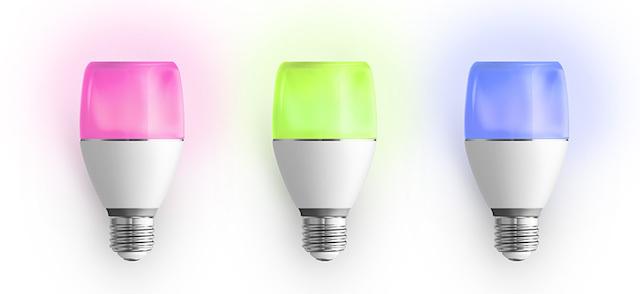 192色に光るソニーのLED電球スピーカーが、自宅のトイレをクラブに変えること間違いなし