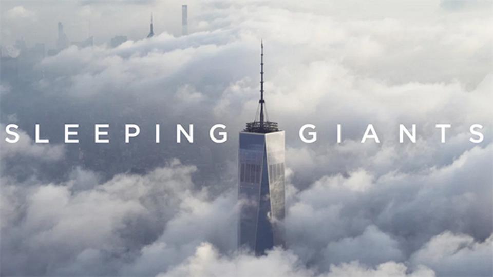 雲の上からニューヨークを見下ろす。大都会の朝がファンタジックに化けます