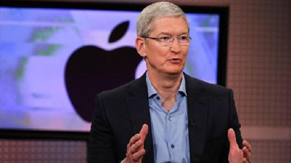 ティム・クックCEO「Appleの業績は依然好調だ」と主張