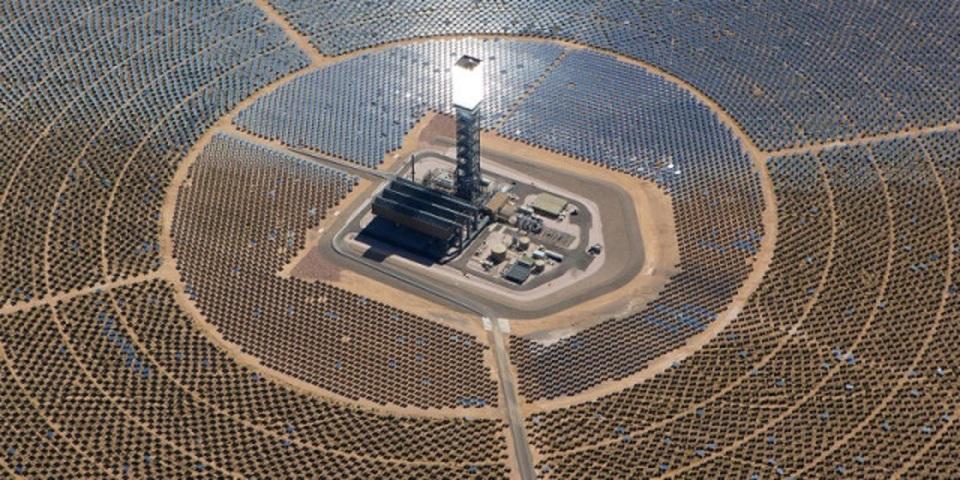 中国に世界最大級の太陽光発電所が建設中。とにかく大きくてデカイ