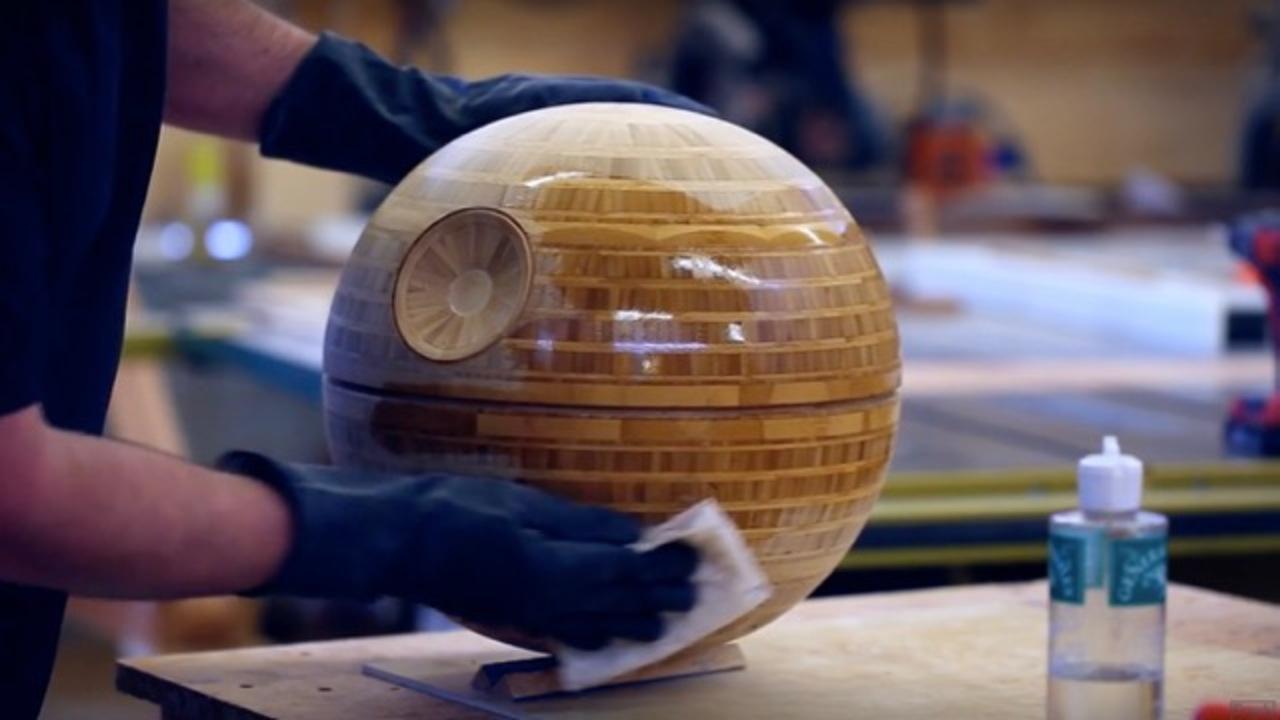 惑星を滅ぼす悪夢の要塞「デス・スター」を「竹」を使って美しく仕上げました