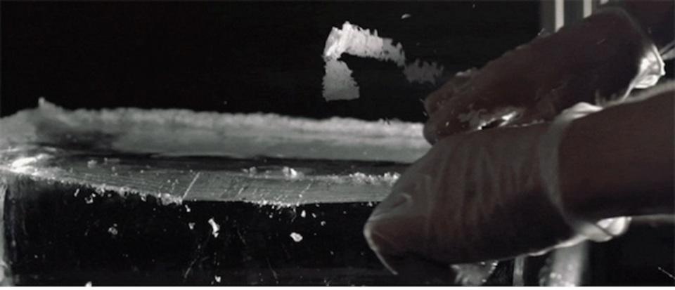 完璧な氷を作るのは、なかなか大変