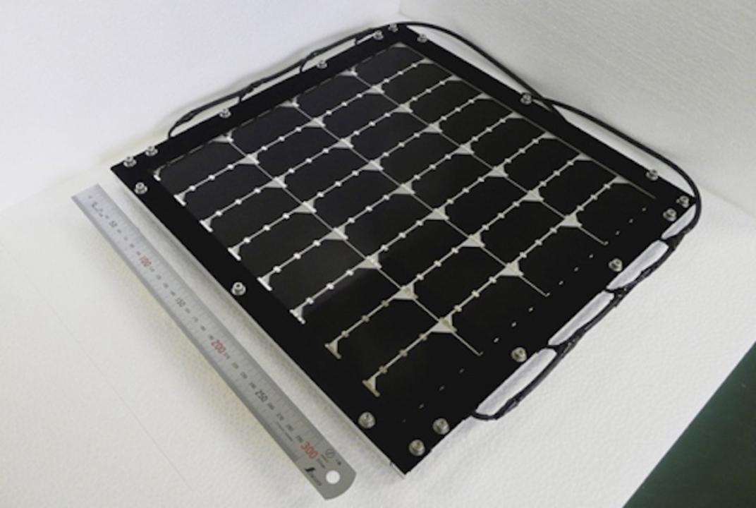 シャープの太陽電池モジュールが世界最高の変換効率を達成