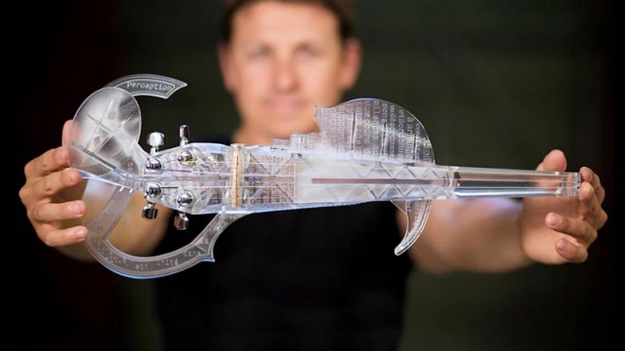 ストラディバリウスをモデルにした世界初3Dプリンタ製バイオリンが何か近未来チックで素敵