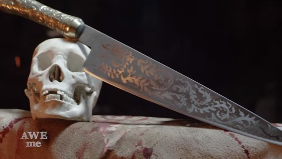 鍛冶屋が「アリス マッドネス リターンズ」のヴォーパルナイフを制作