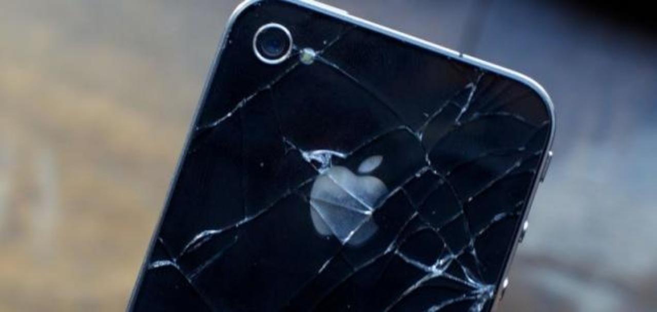 Appleの運命はいかに。全面ガラス製の新型iPhoneが意味するものとは