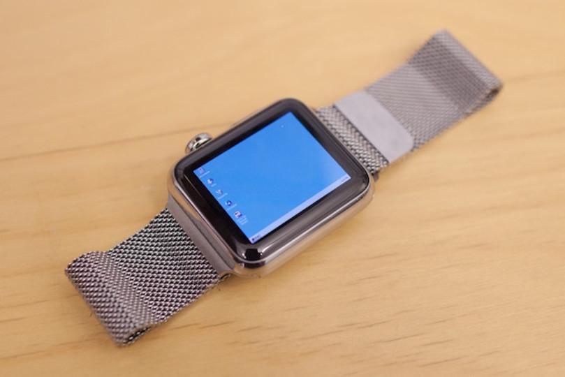 文字ちっちゃ! Apple WatchでWindows 95が動いたよ
