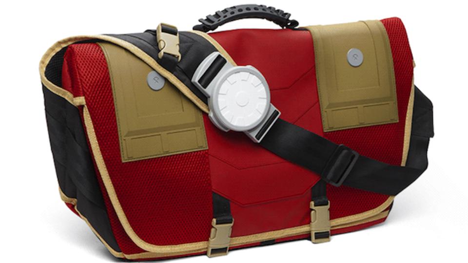 アークリアクター付き! スターク社製のメッセンジャーバッグ