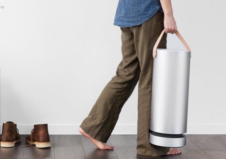 美しい筒。これが空気中の汚れを紫外線で分解します