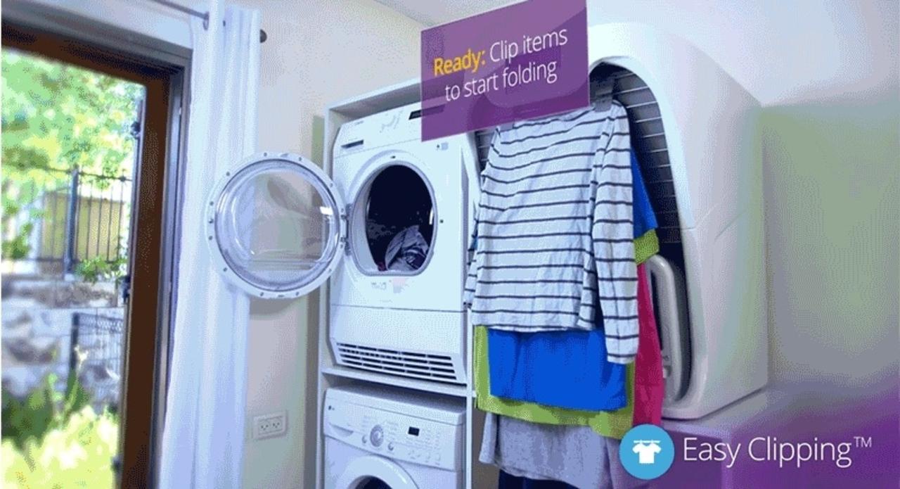新登場。洋服をたたんでくれるマシン「FoldiMate」の理想と現実