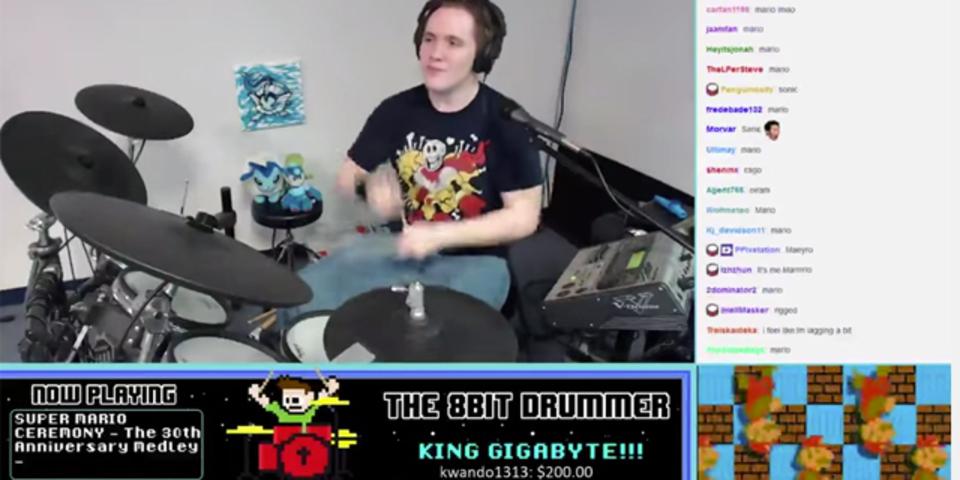 マリオBGM満載! 「スーパーマリオシンフォニー」をドラムでカバー
