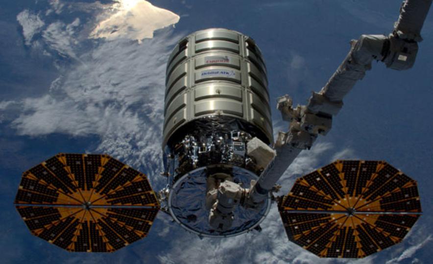 NASA、宇宙で火をつける