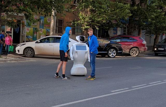 160617runrobotrun02.jpg