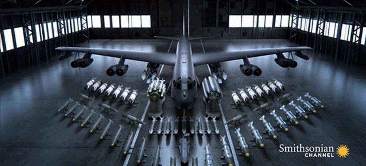 「死の鳥」「成層圏の要塞」と呼ばれたB-52にどれだけの武器が搭載できるのか