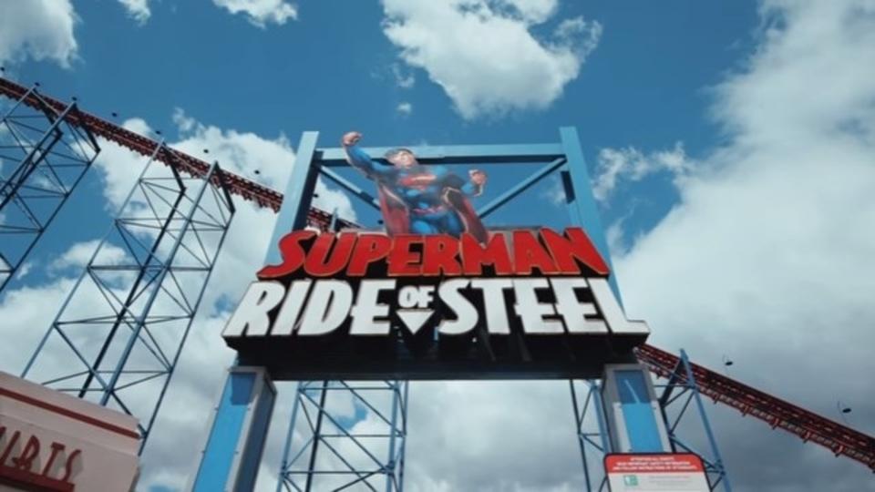 VR+ジェットコースター「スーパーマン・ライド・オブ・スティール」体験映像