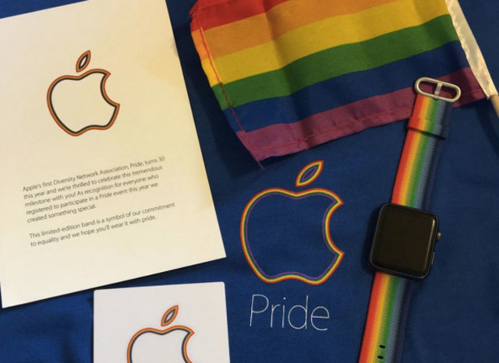 祝LGBTパレード、Appleからレインボーカラーの限定Apple Watchバンドを社員にプレゼント