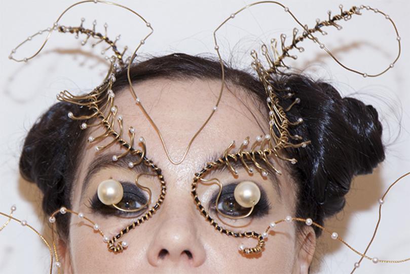 BjörkをアプデしたらVR対応になった。いま注目すべき妖艶な映像クリエイターたち
