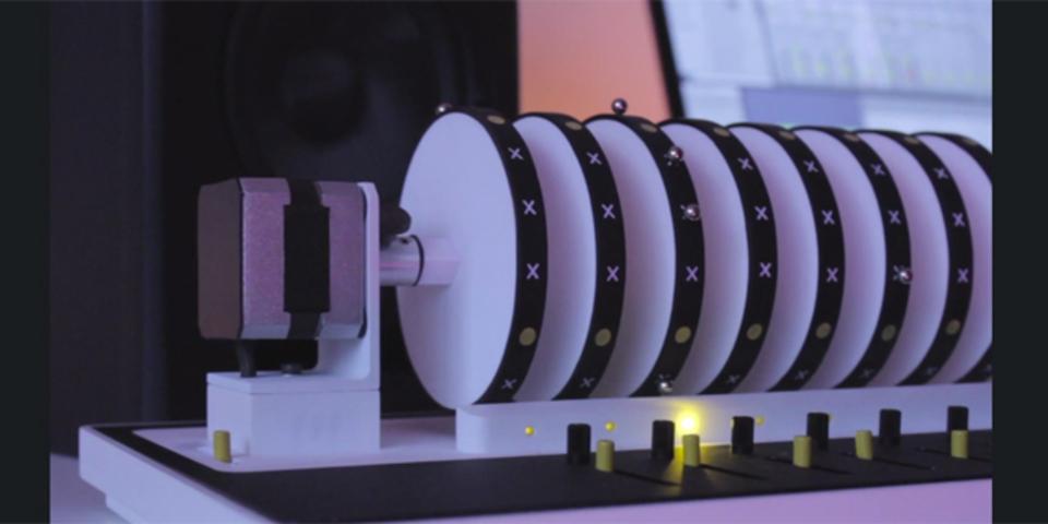 磁力と回転がグルーヴを生みだす、デジタル・オルゴール