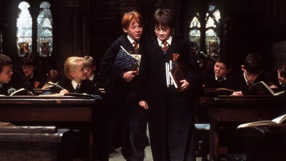 ハリー・ポッターの同級生が少ないのはなぜ? 新たな有力説が浮上!