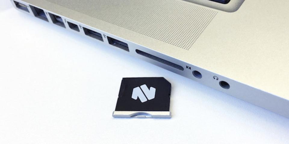 MacBook Air/Proの隠し味。SDカード型ストレージはいかが?