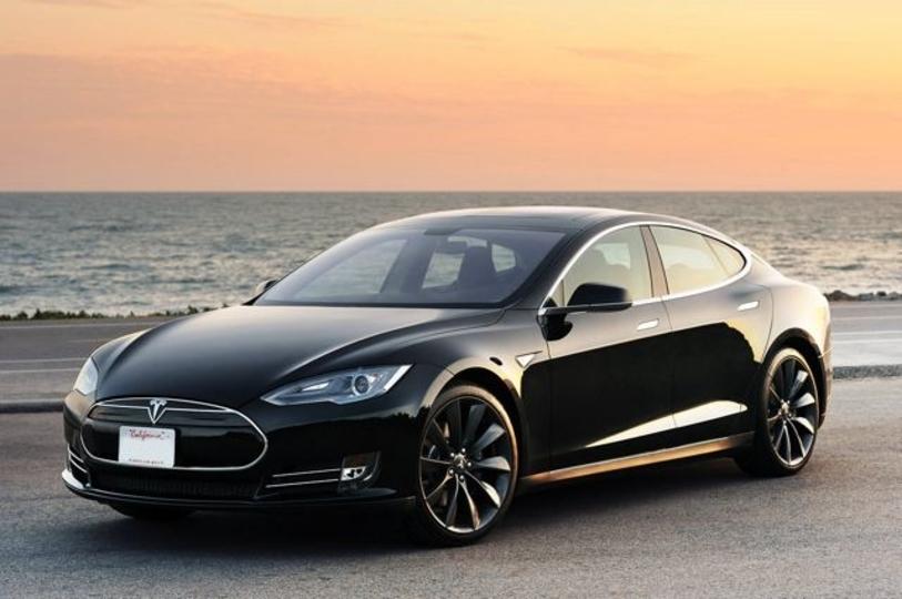 1台いっとく? Tesla Model Sに廉価バージョン登場