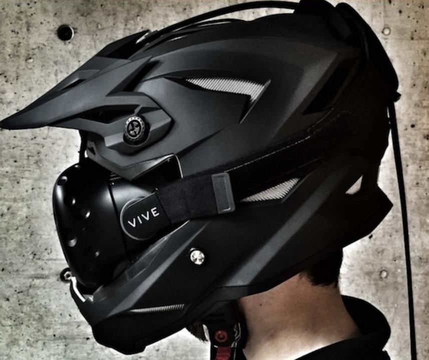 VR+実車で過酷なバイクレースを駆け抜ける!ライディングシミュレーター「GodSpeed FreeRide+」