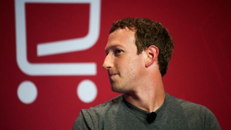 Google+迎撃の夜、Facebookは全社ロックダウンし、マーク・ザッカーバーグは「カルタゴ滅ぶべし」と叫んだ