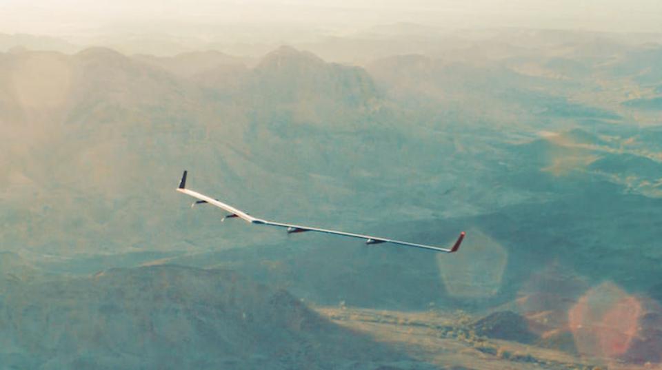 Facebookの「インターネット・ドローン」がテスト飛行に成功。予定の3倍もの飛行時間を記録