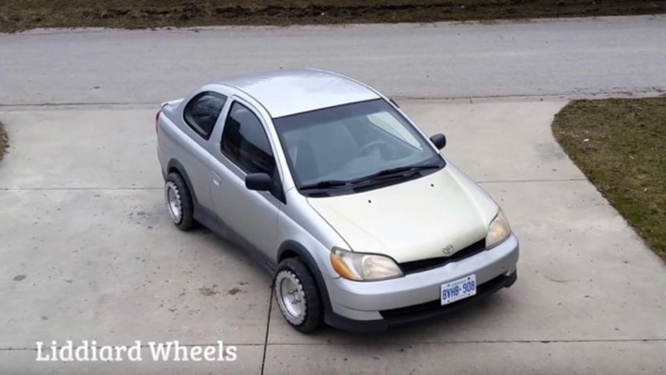 縦列駐車もへっちゃら! 縦にも横にも回転する「リディアード・ホイール」はあなたの車にも装着可能