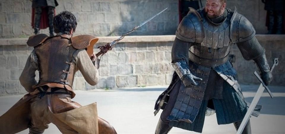 中世騎士道の鑑はクソ重い甲冑で走り込みをしていたことが判明