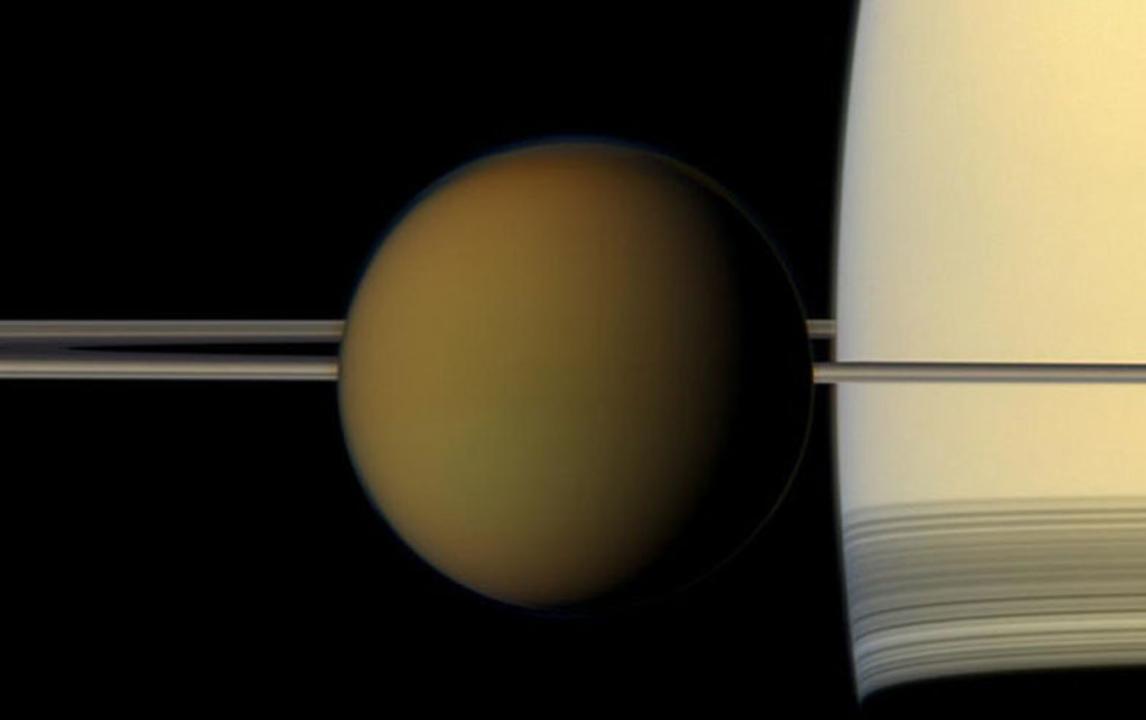 土星の衛星・タイタンで宇宙人を見つける可能性は?