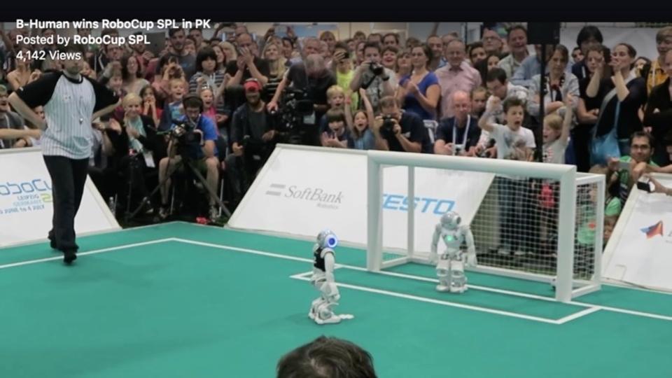 ロボットのサッカーW杯「ロボカップ」でドイツが優勝。ゆくゆくは人間に勝てるロボットを作るとの意気込み