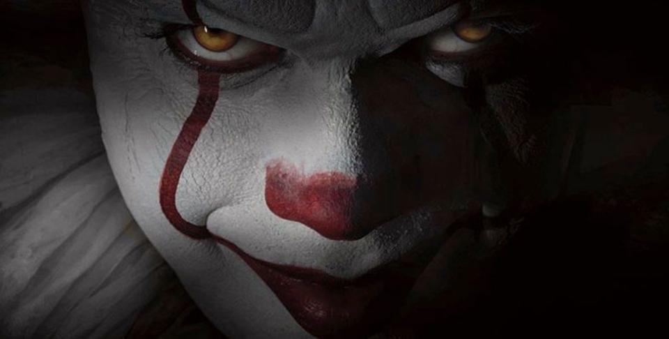 覗き魔ピエロが帰ってくる。ホラー映画「IT」リメイク版の画像が公開