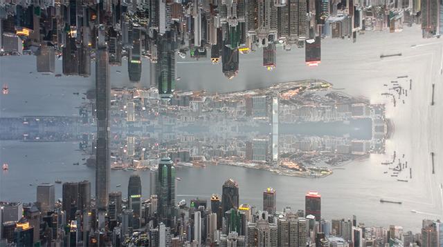 シンメトリーな香港は、幻想的すぎる異世界だった