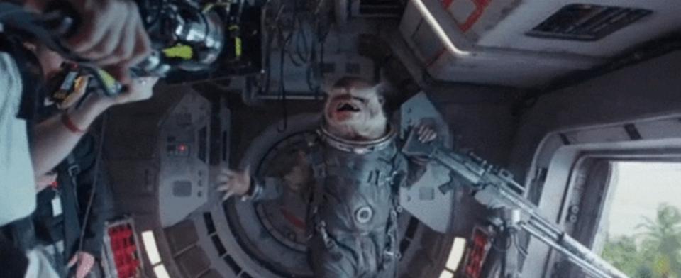 スター・ウォーズ最新作「ローグ・ワン/スター・ウォーズ・ストーリー」の宇宙猿の正体が判明