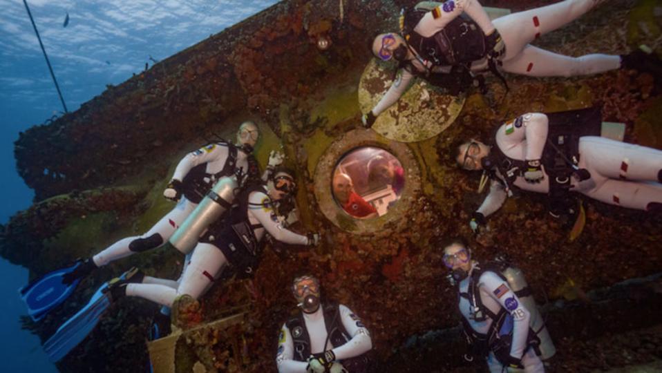 火星生活を疑似体験。宇宙飛行士が16日間の海底暮らし中